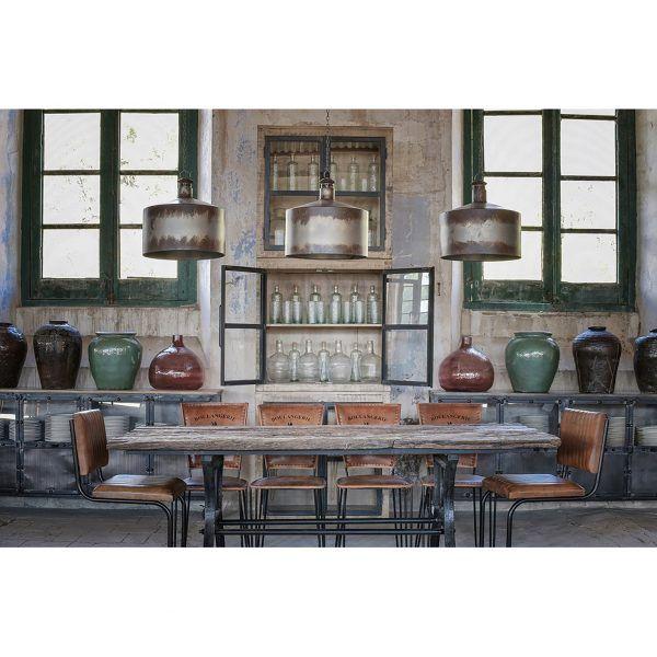 Detalle salon con mesa de comedor malmo