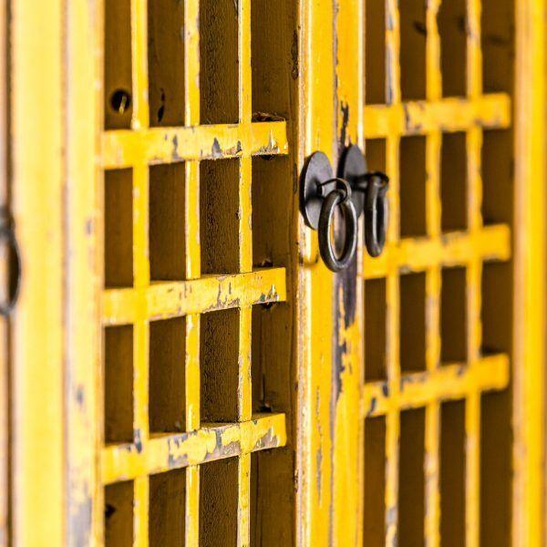 detalle puerta vitrina trieste vical home