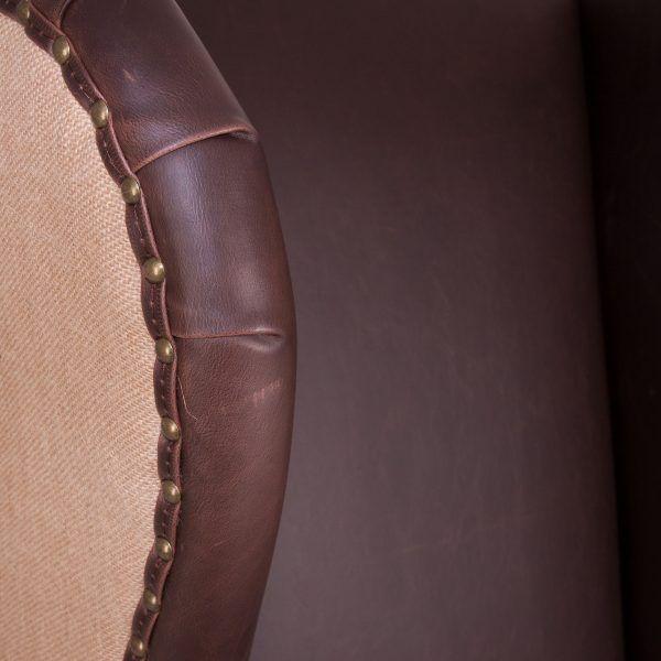 detalle tachuelas sillon brilon