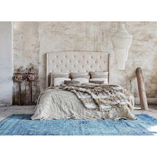 detalle dormitorio alfombra mirta