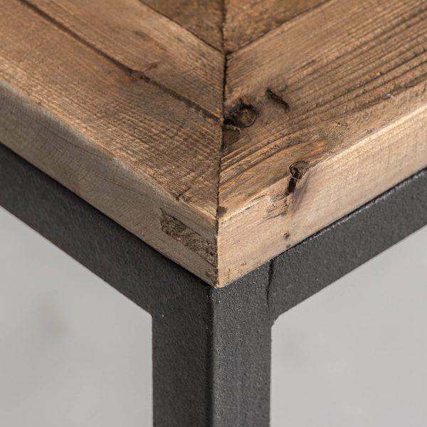 detalle de madera mesa vichy