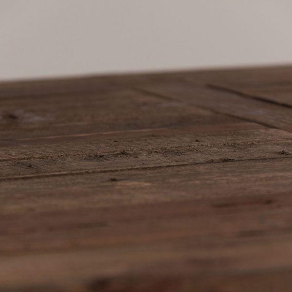 detalle madera mesa comedor pinsk