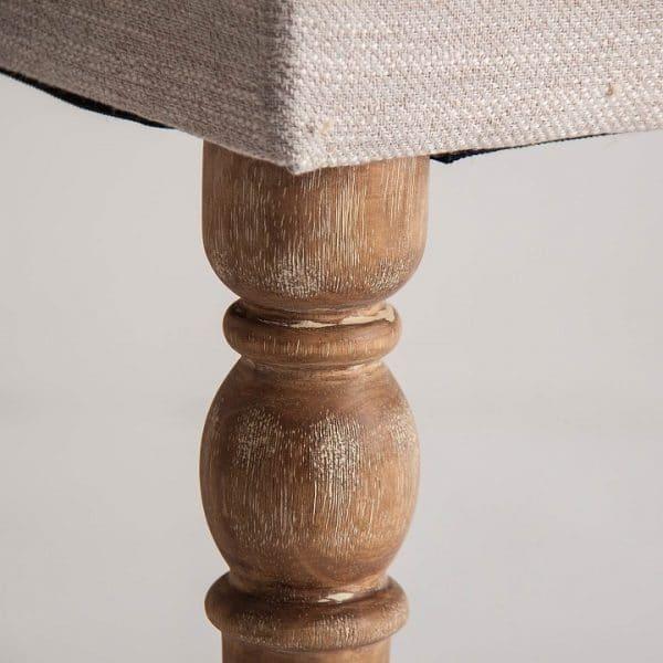 detalle madera pie de cama gutow