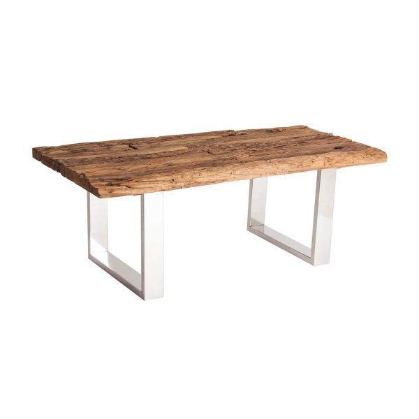 detalle sobre mesa skei